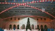 Новогоднее оформление шарами театра им. Вахтангова
