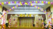 Украшение актового зала школы к выпускному