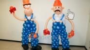Фигуры из шаров: «Рабочие, строители»
