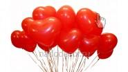 Букет красных гелиевых сердечек