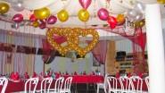 Оформление стола молодых на свадьбу