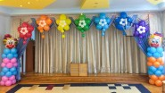 Украшение шарами выпускного в детском саду