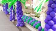 Оформление шатра: пальмы и гирлянда из шаров