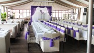 Оформление зала к свадьбе в сиреневой гамме