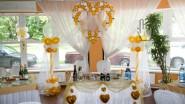 Украшение коттеджа шарами к свадьбе