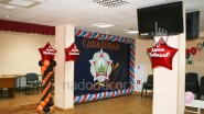 Украшение офиса к 9 мая воздушными шарами и баннером