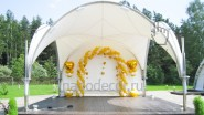 Украшение шарами свадебного шатра