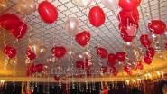 Украшение ресторана шарами на День Святого Валентина