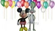 - Две фигурки<br />- 50 шаров под потолок<br />- доставка по Москве<br />Цена: 4970р.