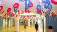 Украшение шарами избирательного зала на выборы