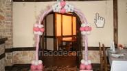 Оформление двери на свадьбу